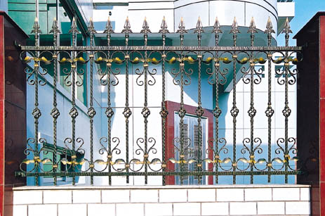 铁艺围栏图片
