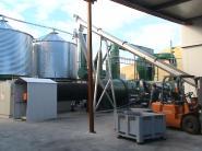 木粉颗粒燃料制粒机 木屑颗粒燃料图片