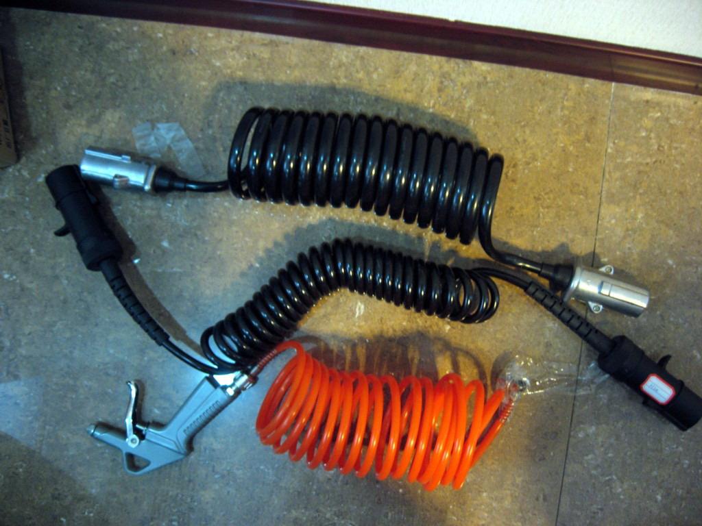 汽车电缆现货;汽车电缆价格;  上一条:汽车电缆汽车自动门螺旋电缆 下