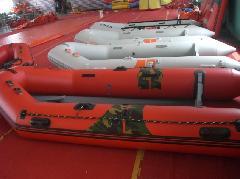 供应救捞船