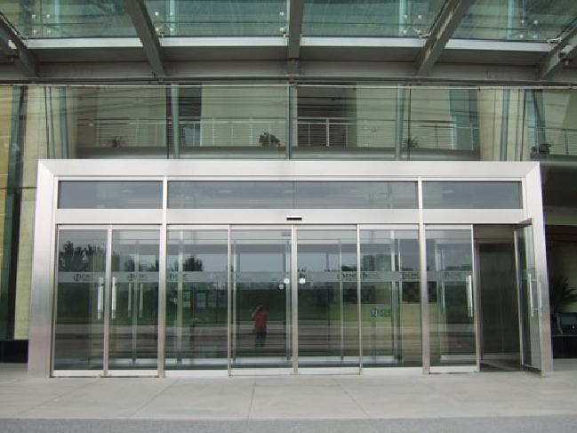 供应北京安装电动玻璃门批发
