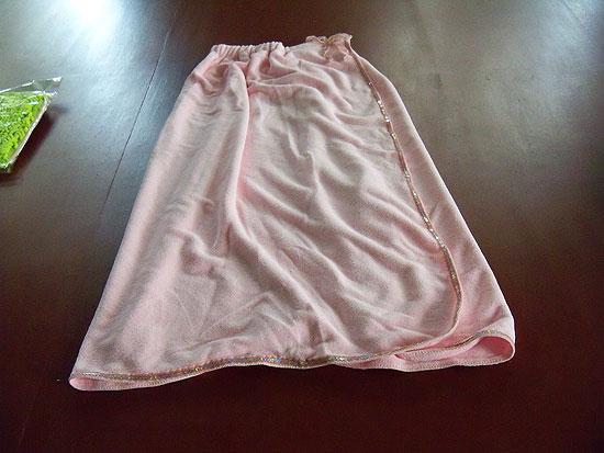 供应超细纤维浴裙浴袍浴巾澡巾洗背毛巾批发