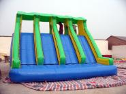 充气滑梯厂家充气蹦床充气玩具跳床图片
