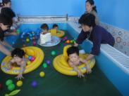 0-6岁儿童游泳池图片