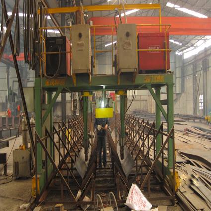 四川永豪钢结构有限公司生产龙门焊机