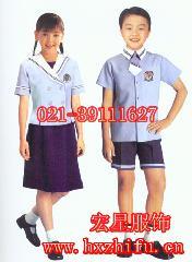 非学校制服是什么意思