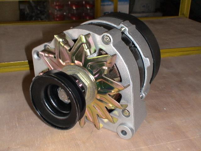 汽车发电机图片|汽车发电机样板图|桑塔纳起动机汽车