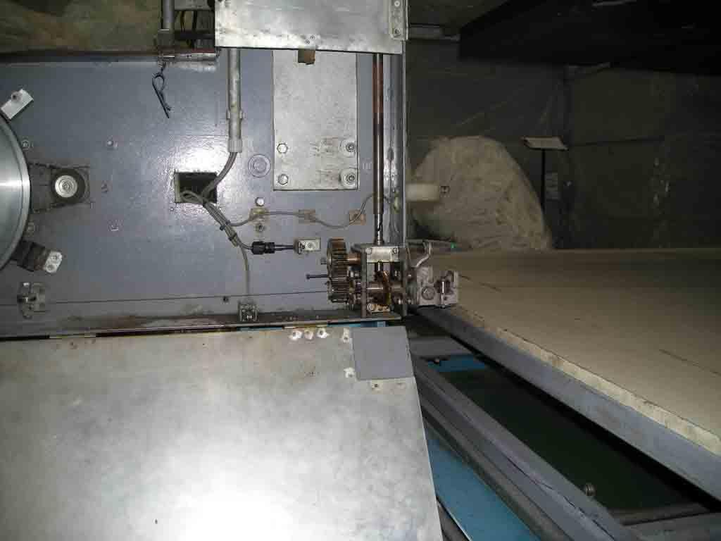 海绵切割机图片