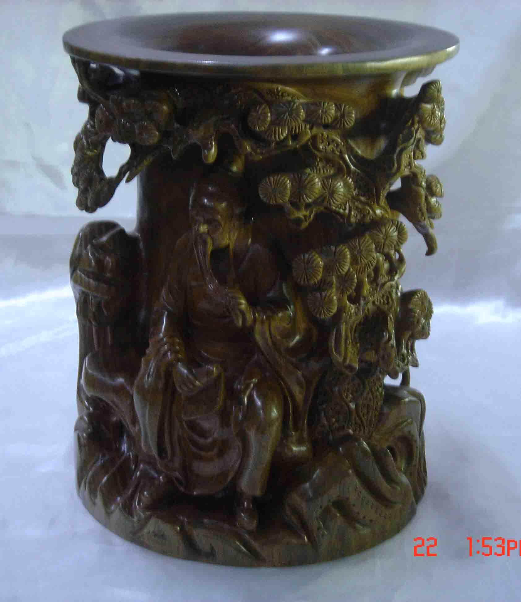 绿檀木雕图片; 木雕供应商:供应绿檀木雕;