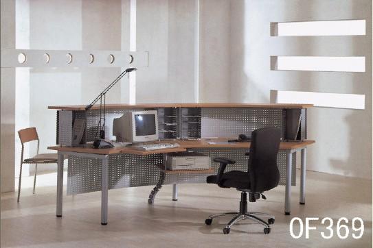 最新钢木结构桌子图片