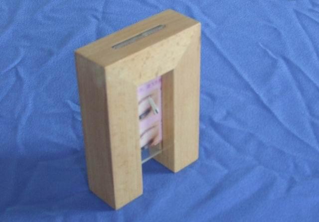 高档实木相框图片