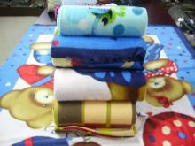 供应摇粒绒毯子