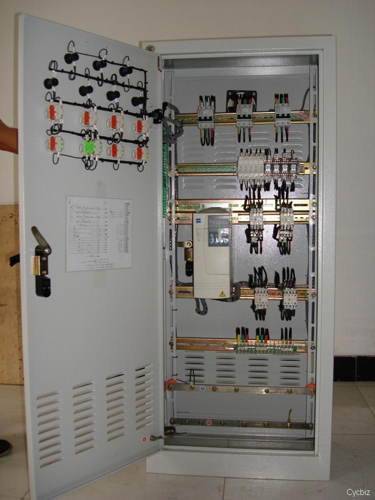 供应低压配电柜配电箱 供应交流低压配电柜价钱,交流低压配电柜厂商