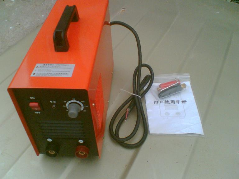 轻巧便携手提出口逆变电焊机报价
