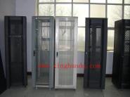 服务器机柜图片