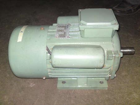 公司生产三相电机单相电机负压风机电机环保空调电机