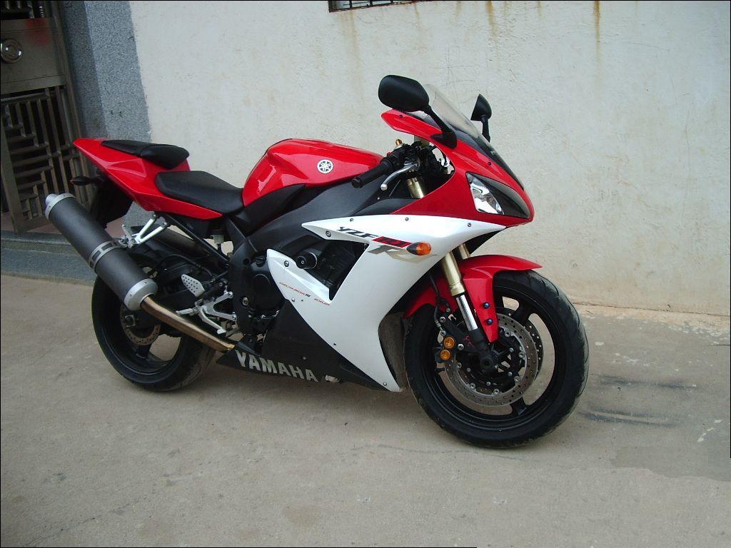 R1摩托车报价_大连市雅马哈摩托车厂家_供应全新进口雅马哈YZF-R1摩托车