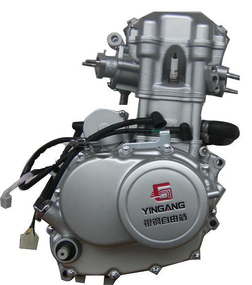 摩托车水冷发动机图片