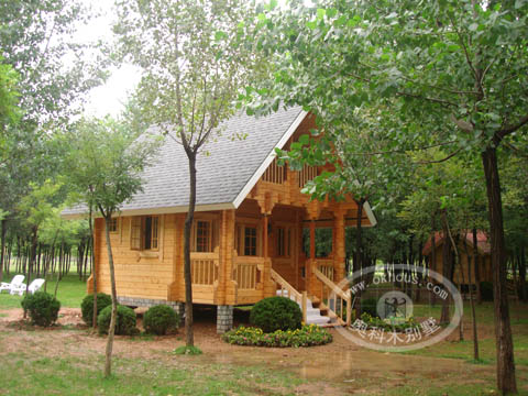 原木结构木屋图片