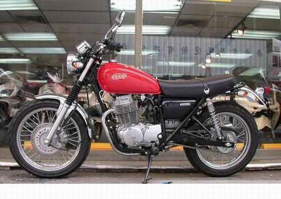 大连金达摩托车有限公司生产供应亿海车行出售进口本田CB400S -供