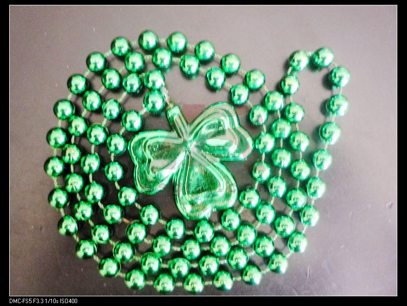 供应爱尔兰节三叶草项链批发