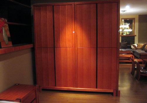 木衣柜_木衣柜供货商_供应原木衣柜