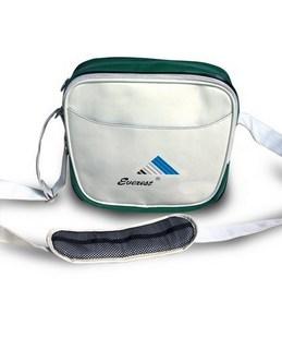 生产供应时尚休闲运动包包