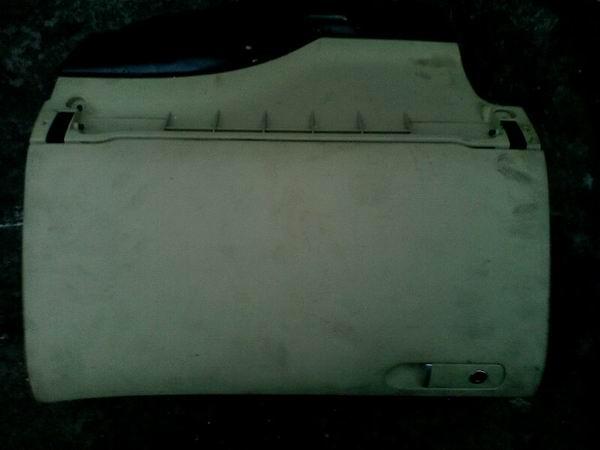帕萨特B5杂物箱,油路板,刹车分泵等配件,拆车件批发