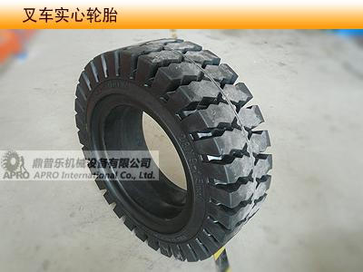 供应650-10叉车实心轮胎图片