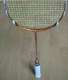 修理羽毛球拍后的平衡测试