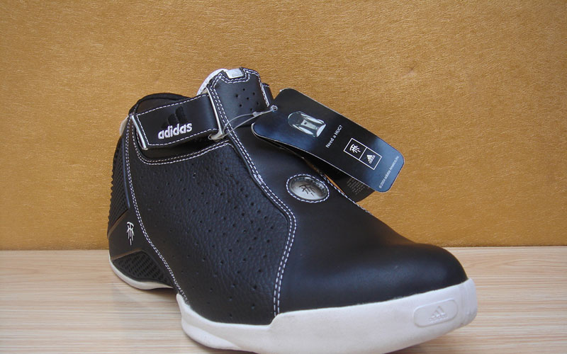 adidas麦迪4代战靴