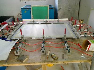 供应实用型气动绷网机拉网机图片