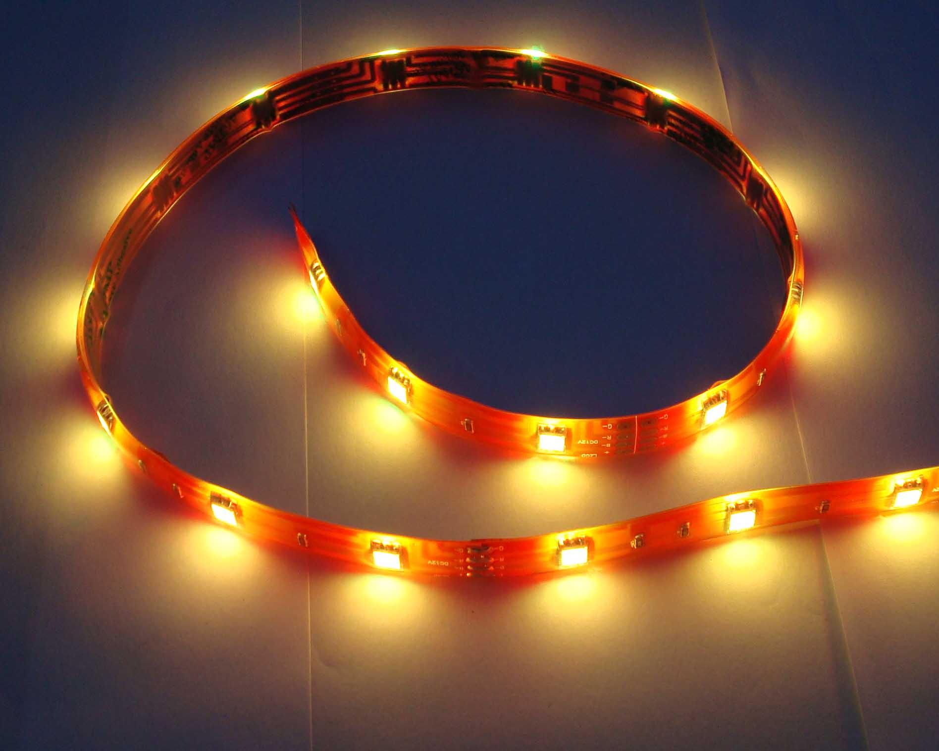 专注于LED贴片柔性灯条浙江联众光电科技股份有限公司图片