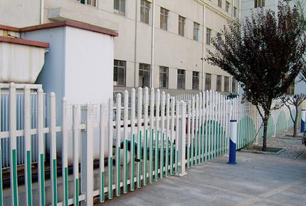 供应PVC小区护栏图片