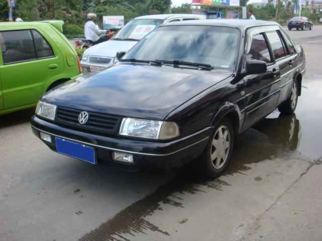 出售04年桑塔纳2000